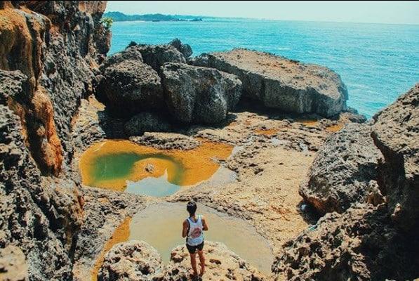 Teluk Bidadari