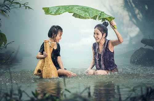 Tips Traveling saat hujan
