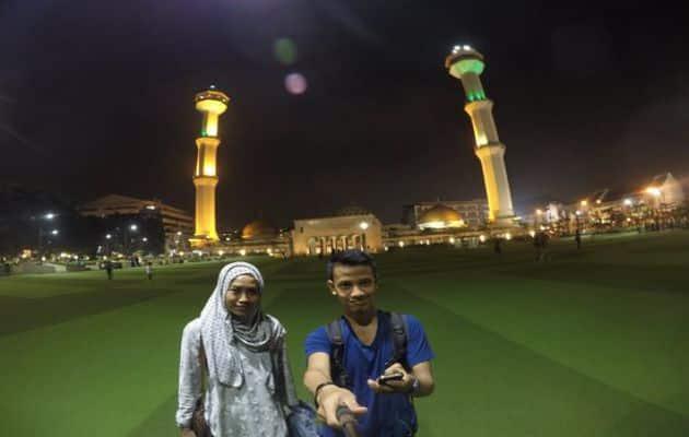 Sejarah Singkat dan Alamat Lokasi Masjid Raya Bandung + Hotel Terdekat 5