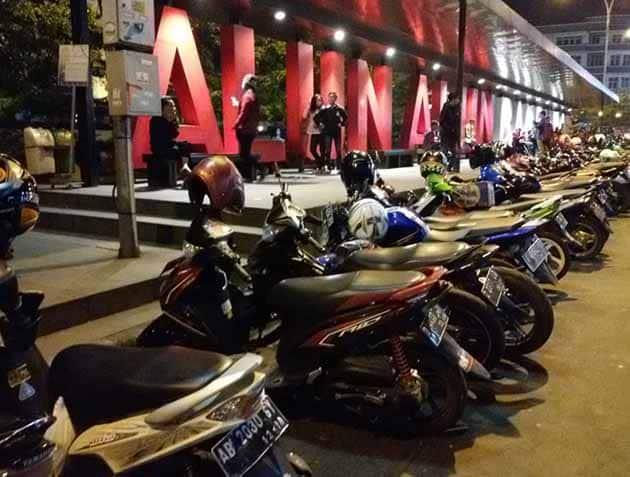 Alun Alun Bandung Motor