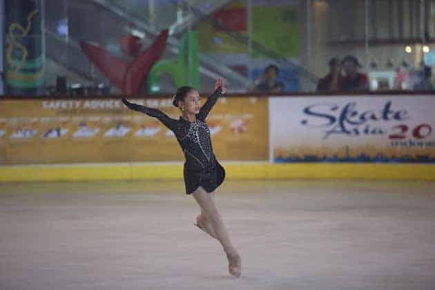 Ice Skating BX Rink Bintaro 2