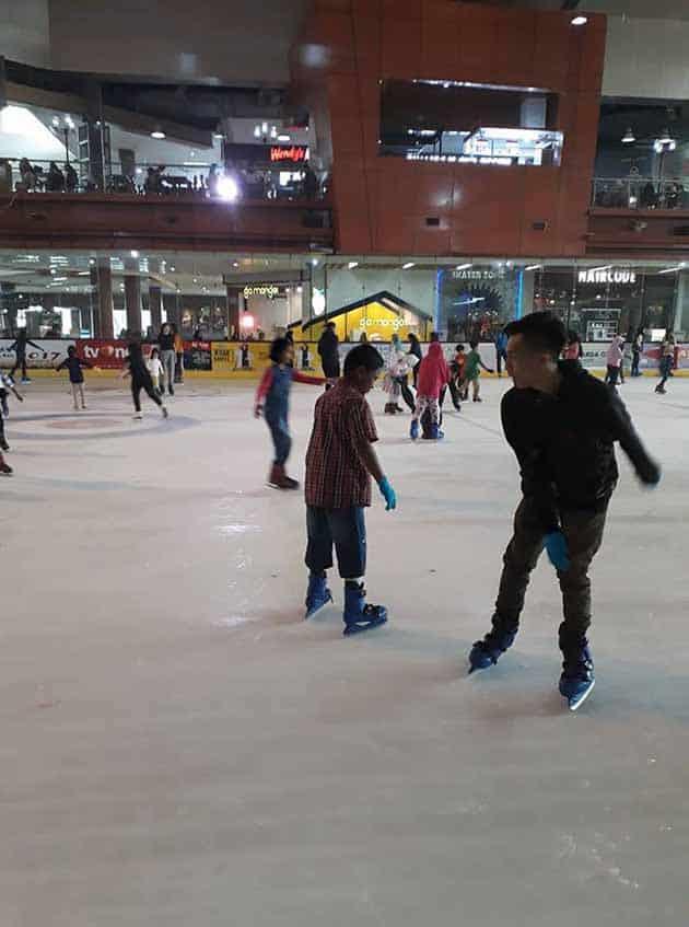 Ice Skating BX Rink Bintaro 8