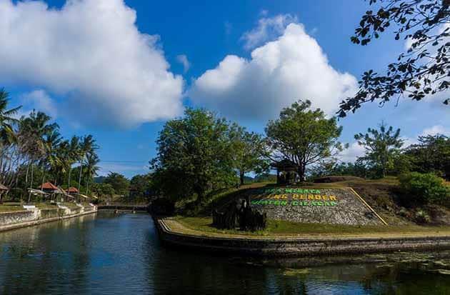 Benteng Pendem Cilacap Sungai