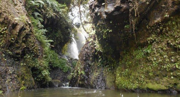 Sejarah dan Misteri Wisata Curug Tilu Leuwi Opat Parongpong Bandung + Tiket Masuk Lokasi 3