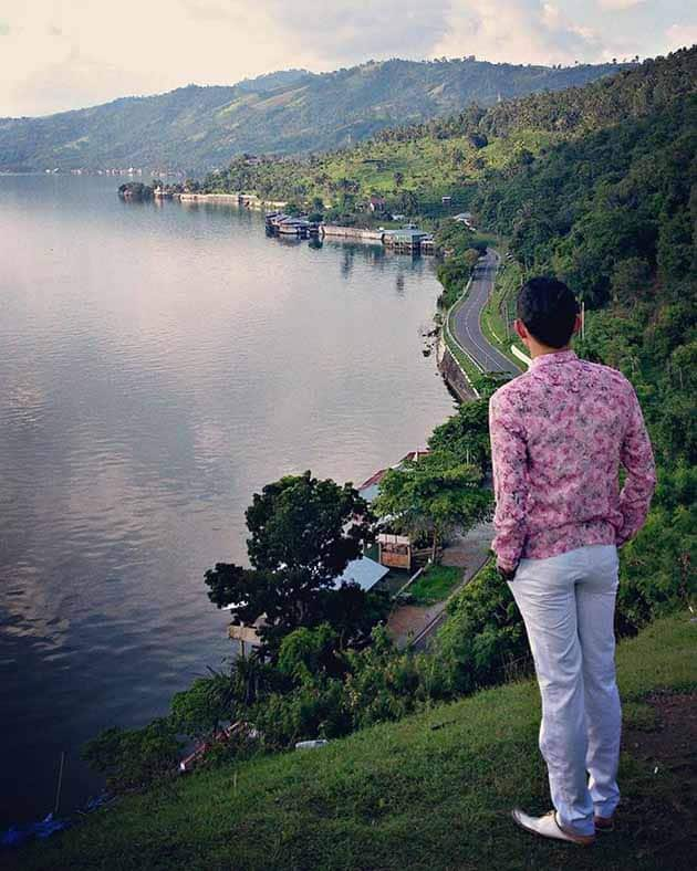 Danau Singkarak Tebing