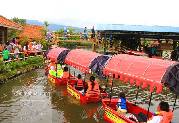 Floating Market Banya