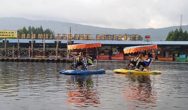 Floating Market Berdua