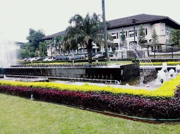 Gedung Sate Mancur