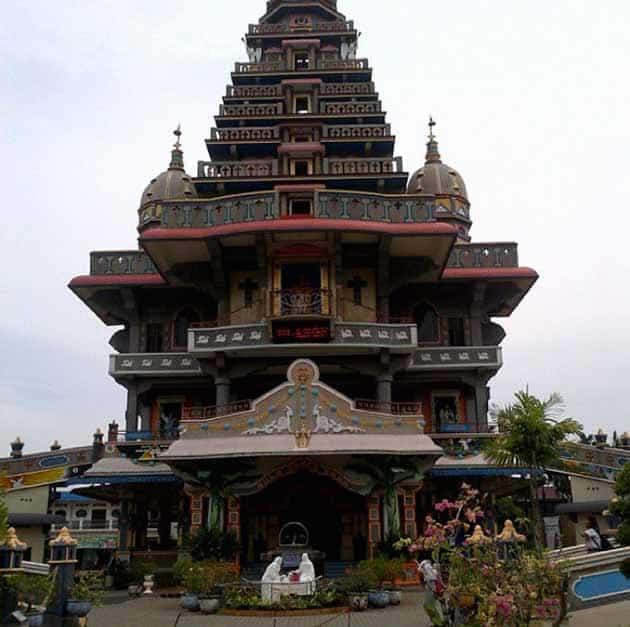 Sejarah Graha Maria Annai Velangkanni, Jam Buka + Jadwal Misa Gereja 12