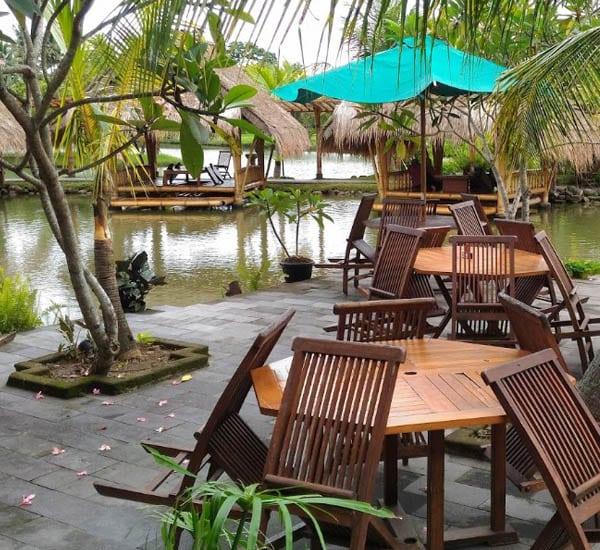 Gubuk Desa Restoran
