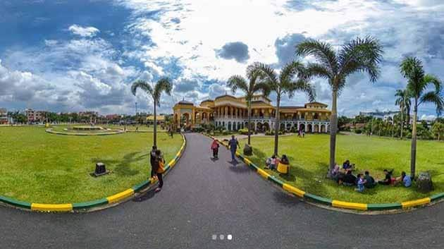 Istana Maimun Medan 18