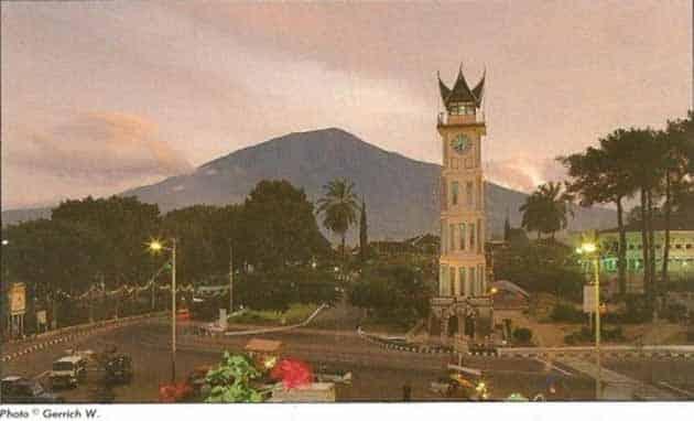 Jam Gadang Bukittinggi di tahun 1995