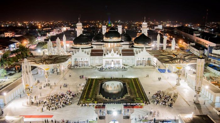 Keindahan Masjid Raya Baiturrahman Aceh Peta Lokasi + Foto 3