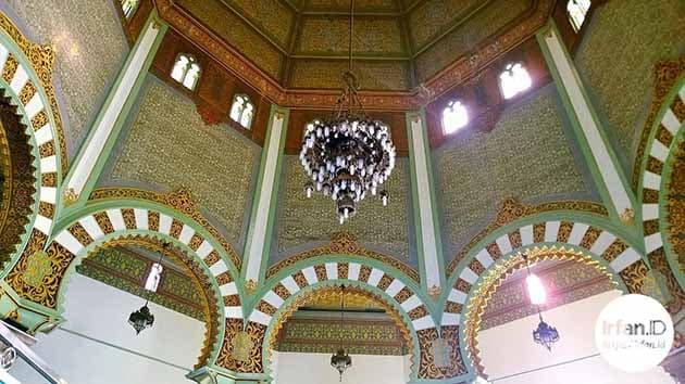 Sejarah dan Keunikan Masjid Raya Medan, Peta Lokasi + Hotel Terdekat 4