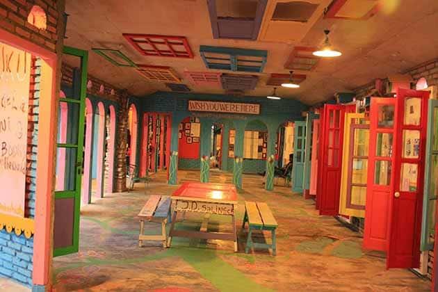 Harga Tiket Masuk dan Peta Lokasi Museum Kata Andrea Hirata 20