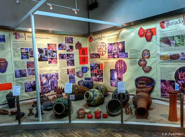 Museum Seni rupa dan keramik gelas
