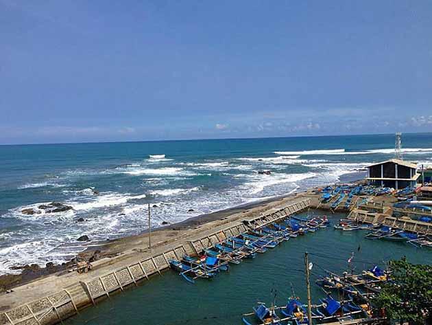 Pantai Jayanti Pinggiran