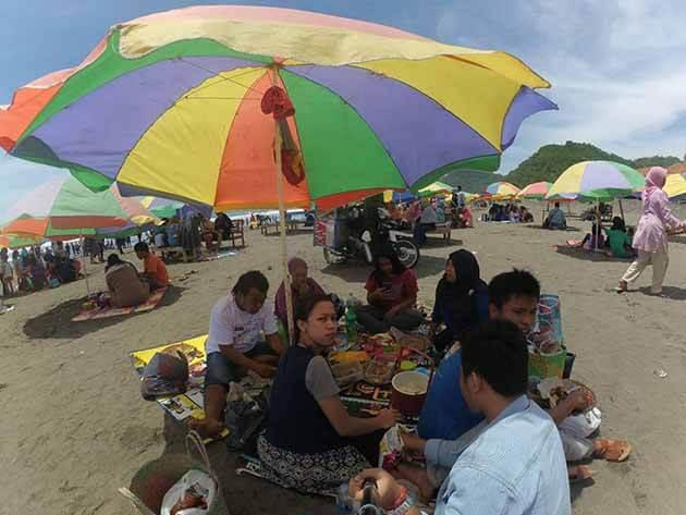 Pantai Jetis Jualan
