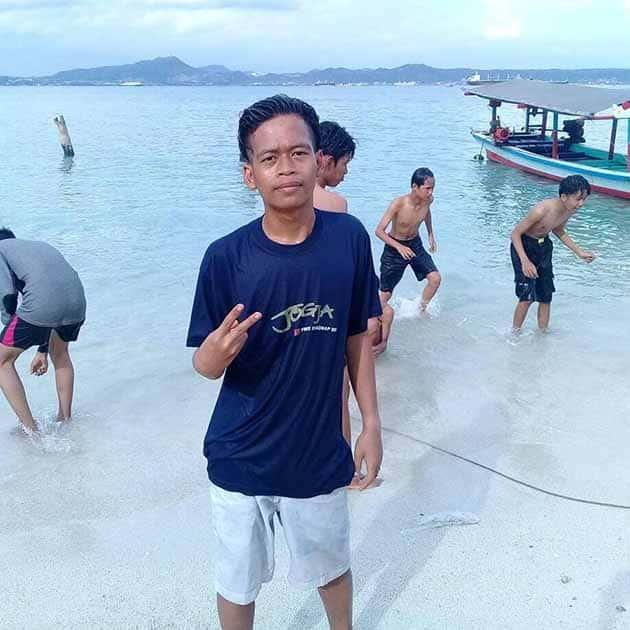 Pantai Mutun Wong Lampung