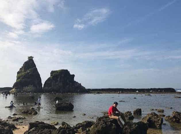 Pantai Sawarna Batu