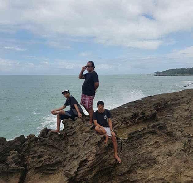 Pantai Sawarna Endut