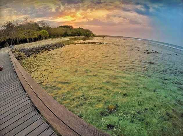 Pantai Tanjung Lesung Sunset