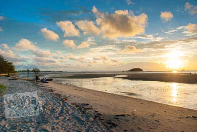 Pantai Tanjung Pendam Tempat Terbaik Melihat Sunset, Peta Lokasi + Tiket Masuk 14