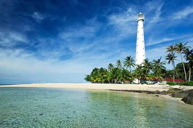 Liburan Seru ke Mercusuar Pulau lengkuas Belitong, Harga Tiket + Penginapan 2