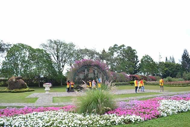 Pesona Taman Bunga Nusantara