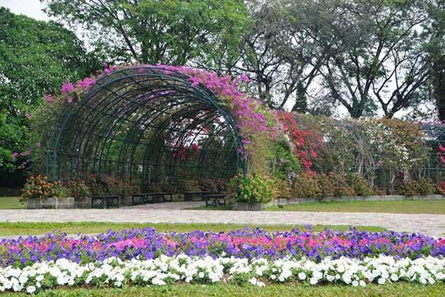 Taman Bunga Nusantara Ruang