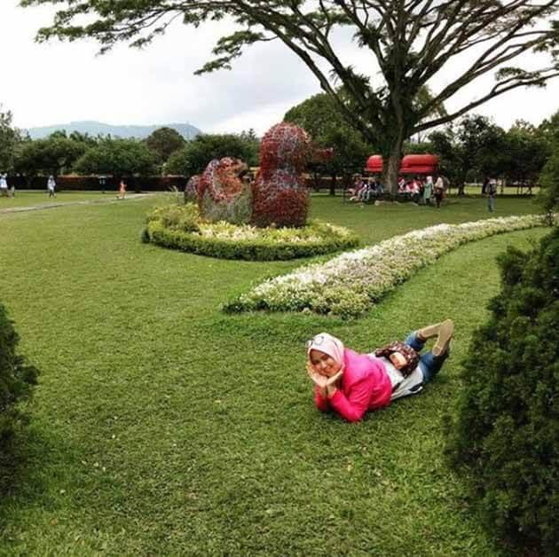 Taman Bunga Nusantara Tiduran