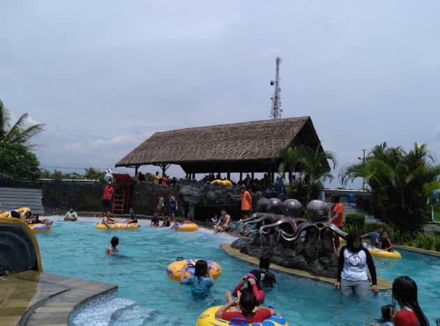Teejay Waterpark Air