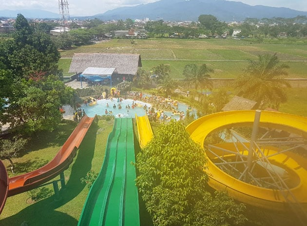 Teejay Waterpark Blur