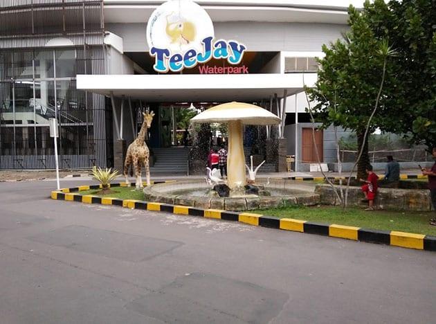Teejay Waterpark Jerapah