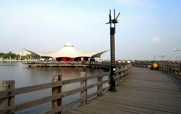 Harga Tiket Masuk dan Peta Lokasi Pantai Ancol Jakarta, Fasilitasnya Apa Saja? 2
