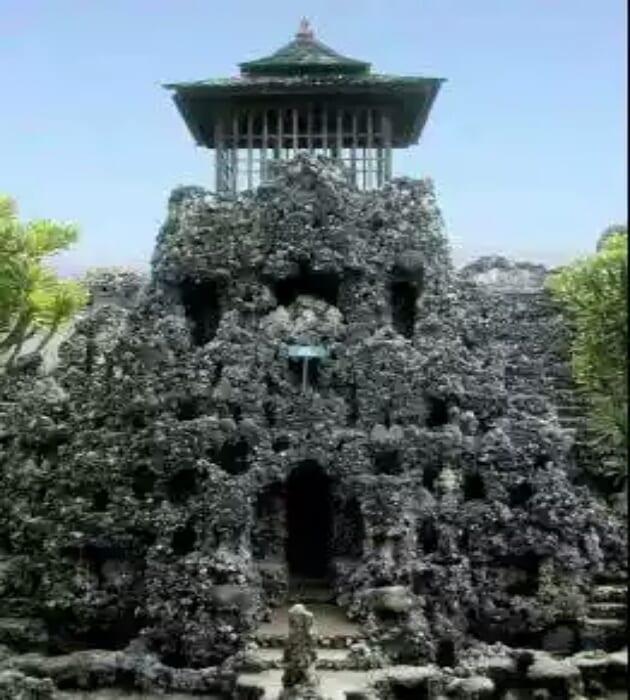 Sejarah dan Misteri Wisata Gua Sunyaragi Cirebon, Harga Tiket Masuk + Peta Lokasi 12