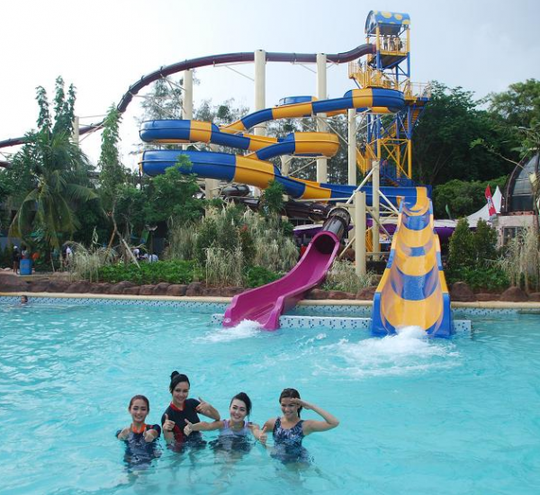 jk atlantis water adventure ancol