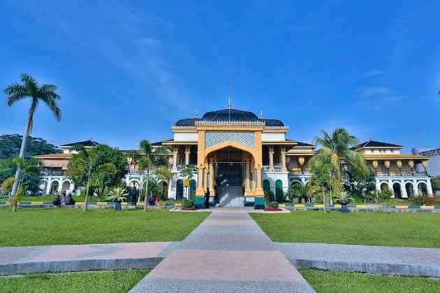 Istana Maimun Medan 24