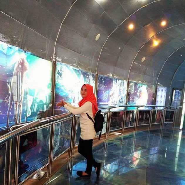 planetarium jakarta Cantik