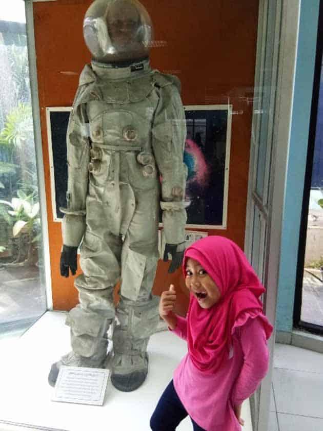 planetarium jakarta anak anak