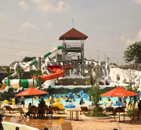 wp Snow Bay Waterpark