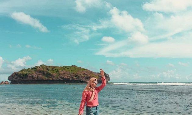 Pantai Sadranan Gunung Kidul Wisata Populer di Jogja 2