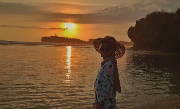 Pantai Sadranan Gunung Kidul Wisata Populer di Jogja 6