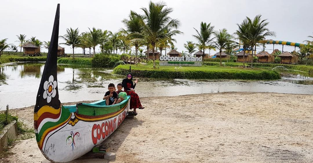 Coconut Island Carita Labuan 1