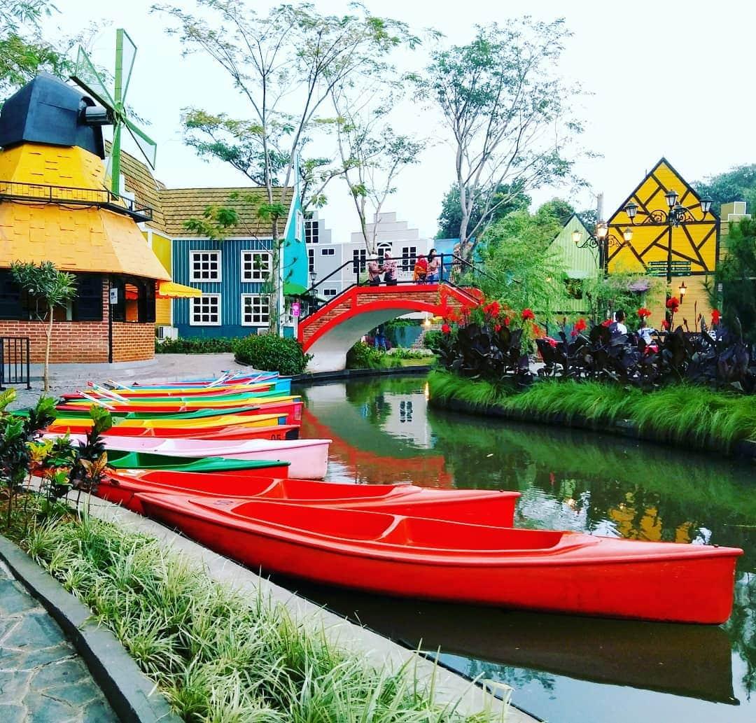 Wisata Instagramable Di Kota Hujan yang Sedang Hits Devoyage Bogor 1