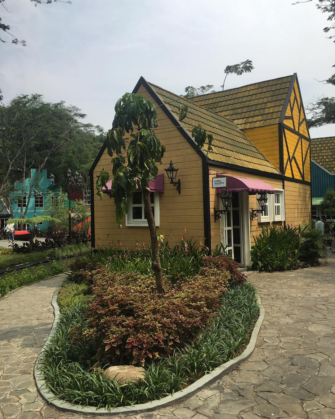 Wisata Instagramable Di Kota Hujan yang Sedang Hits Devoyage Bogor 3