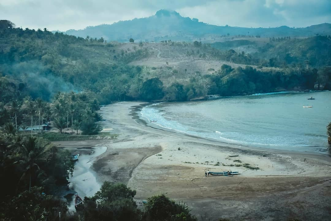 Pantai Brumbun Tulungagung 2