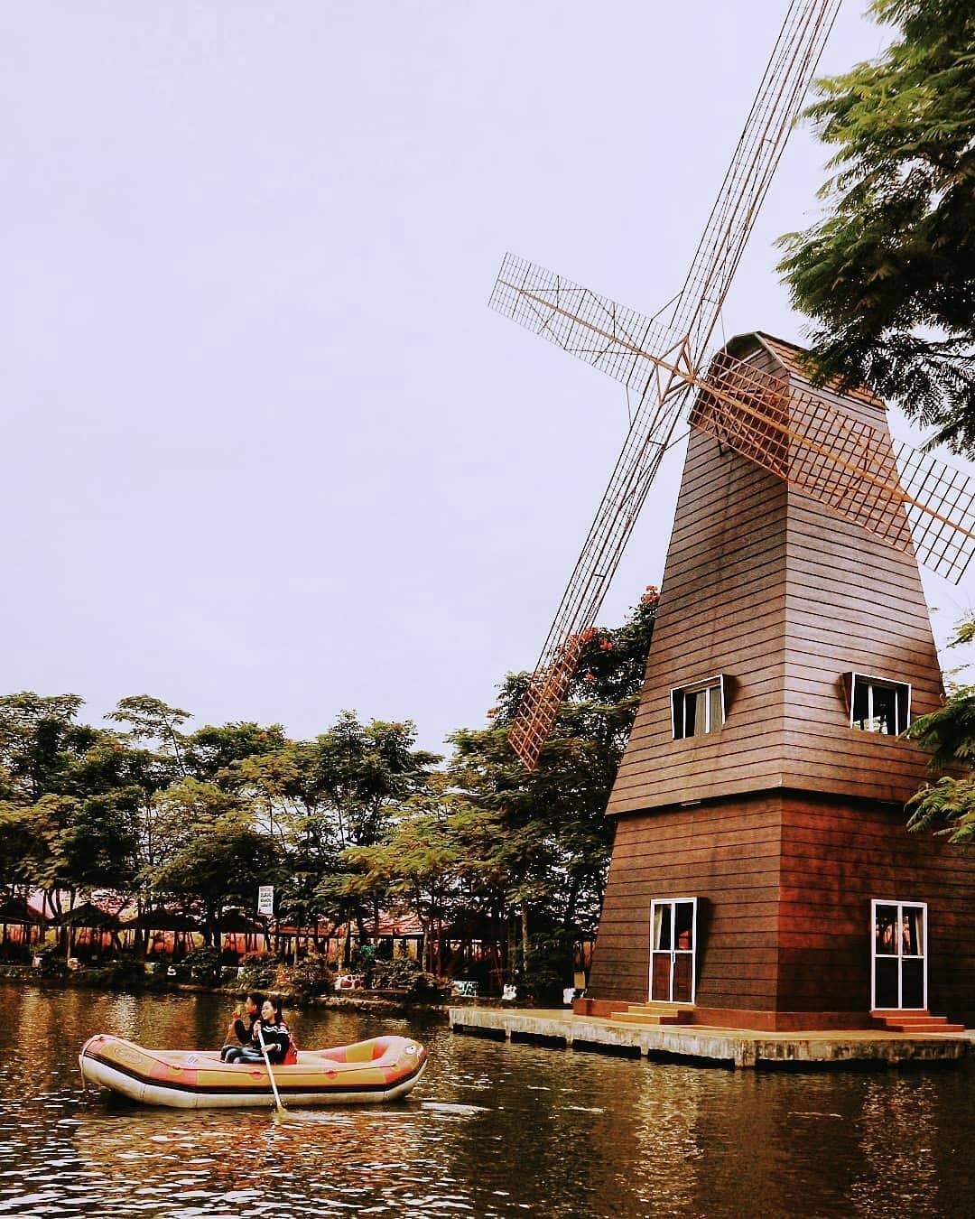 9 Tempat Wisata Keluarga dan Anak di Bogor 17