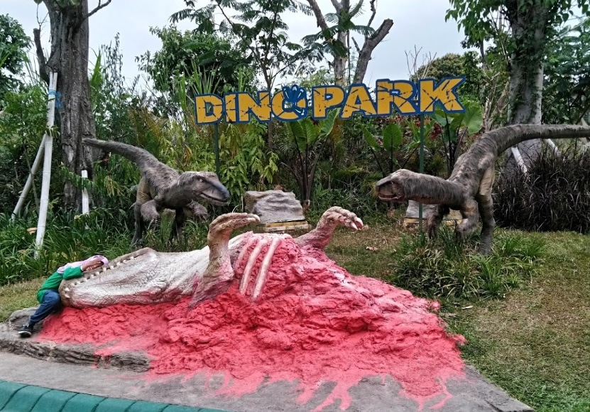 Dino Park Batu