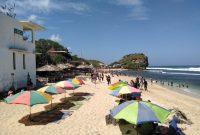 Pantai Indrayanti Gazebo
